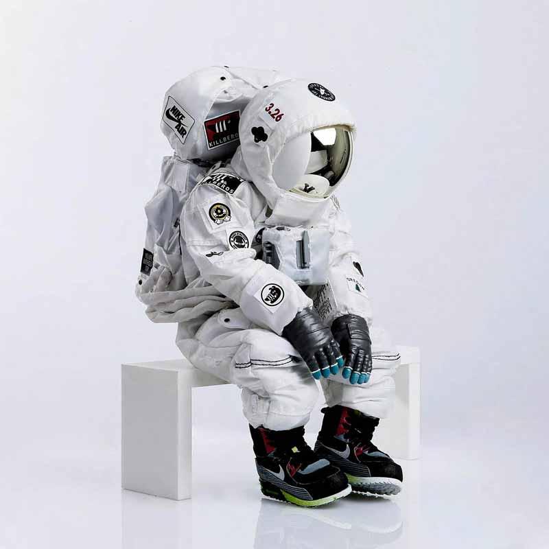 Opus 1 : Le futur c'est l'avenir / Low cost, Trip advisor des futurs possibles – Compagnie 3615 Dakota