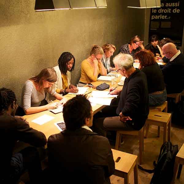 Atelier d'écriture au POCHE/GVE avec Catherine Aeschimann.