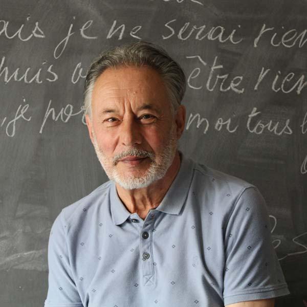 Jacques Roman lit son journal d'un émeutier